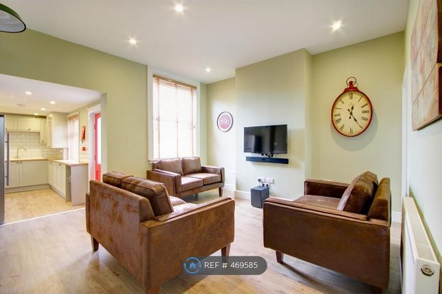 Thumbnail Terraced house to rent in Brudenell Mount, Leeds