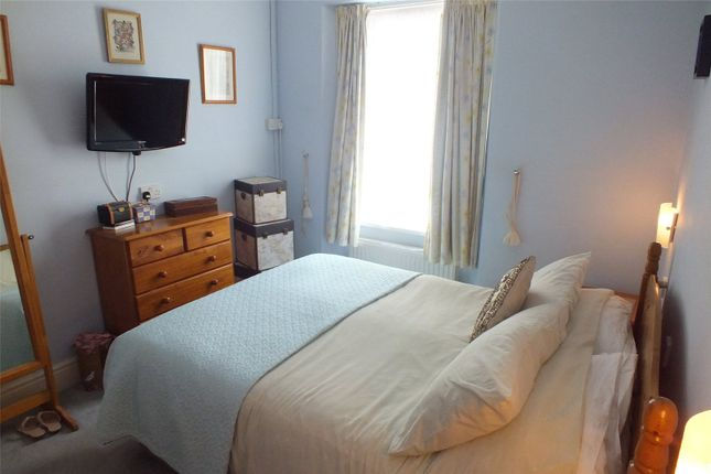 Picture No. 16 of Clement Dale Guest House, Southcliff Gardens, Tenby, Pembrokeshire SA70