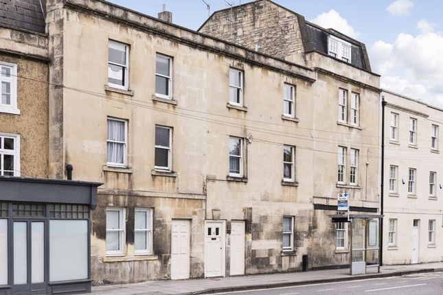 Thumbnail Flat to rent in Monmouth Place, Bath