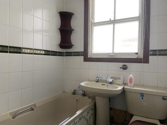 Bathroom of Plymouth, Devon PL4