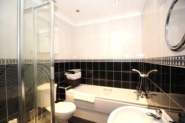 Bathroom/WC of The Moorings, Burton Waters, Lincoln LN1