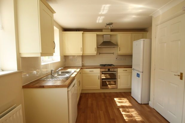 Thumbnail Property to rent in Tregony Road, Farnborough, Orpington