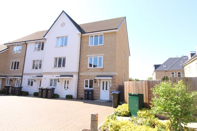 Thumbnail Property for sale in Beckwith Close, Enfield