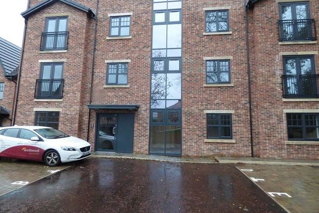 Thumbnail Flat to rent in Flat 2, King Edwards Court, Hyde