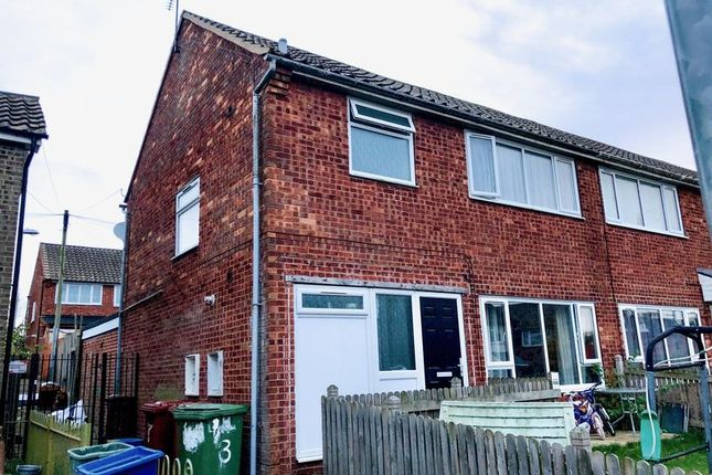 Thumbnail Terraced house for sale in Lincoln Drive, Barton-Upon-Humber