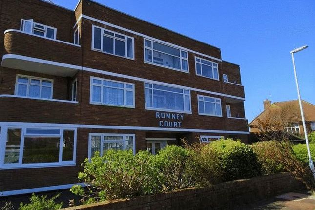 Thumbnail Flat to rent in Winchelsea Gardens, Worthing