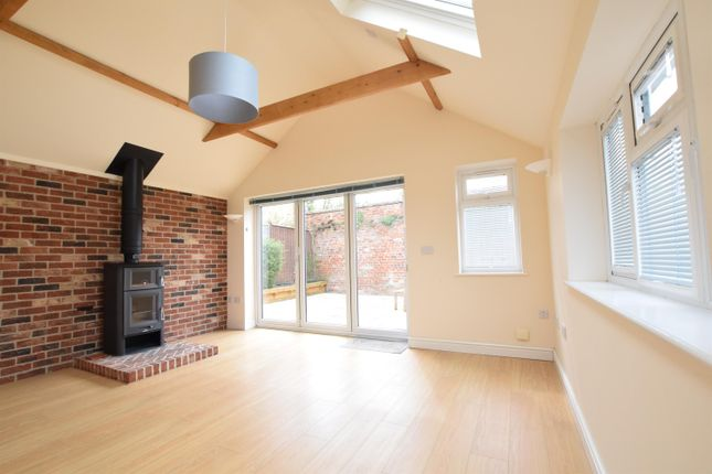 3 bed detached house for sale in Church Lane, Scotter, Gainsborough DN21