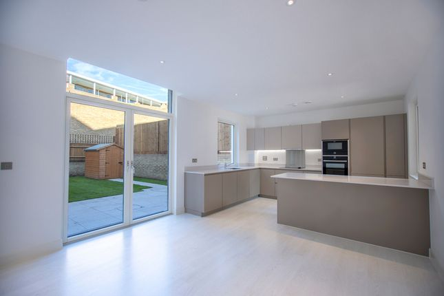 Thumbnail Maisonette for sale in Belmont Park, Lewisham