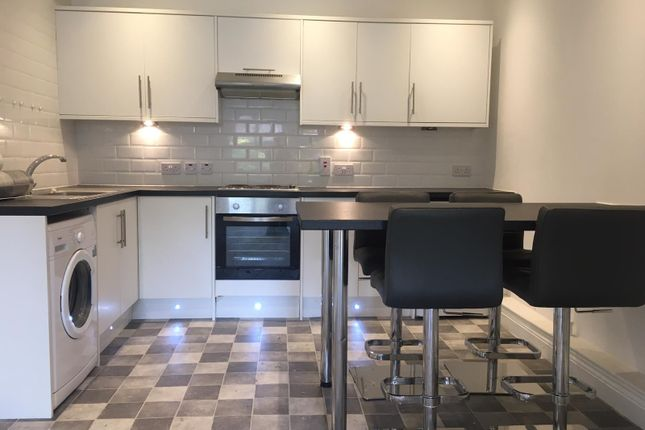 Thumbnail Mews house to rent in Coxtie Green Road, Navestockside, Brentwood