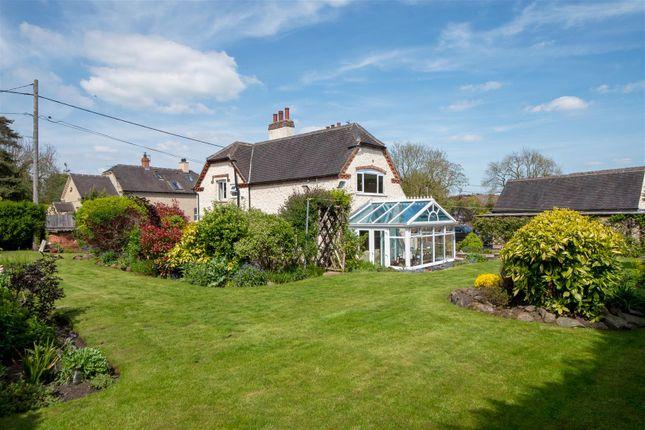 Thumbnail Cottage for sale in Measham Road, Packington, Ashby-De-La-Zouch