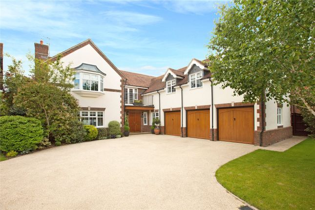 Thumbnail Detached house for sale in Willow Drive, Maidenhead, Berkshire