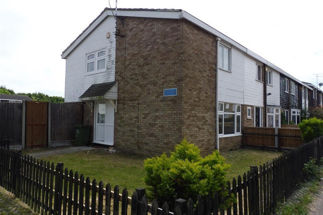 Thumbnail End terrace house to rent in Ayletts, Basildon