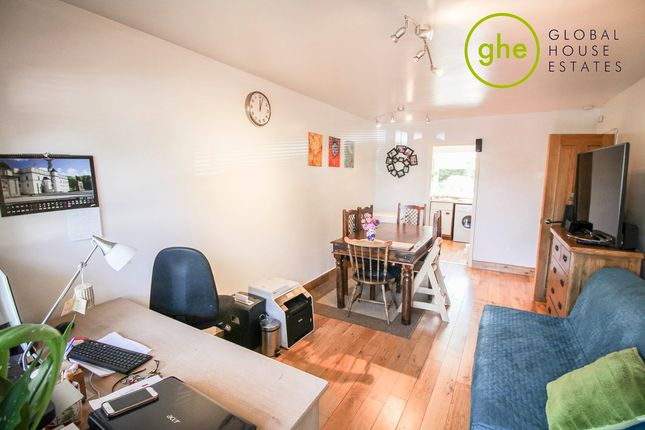 Thumbnail Flat to rent in Oakdene, Oaks Avenue, Gipsy Hill