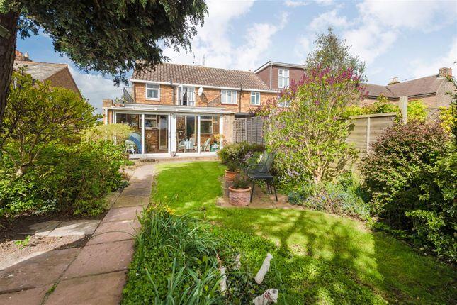 millstream lane  cippenham  slough sl1  3 bedroom semi 3 bedroom house for rent in cippenham slough 3 bedroom house for rent in langley slough