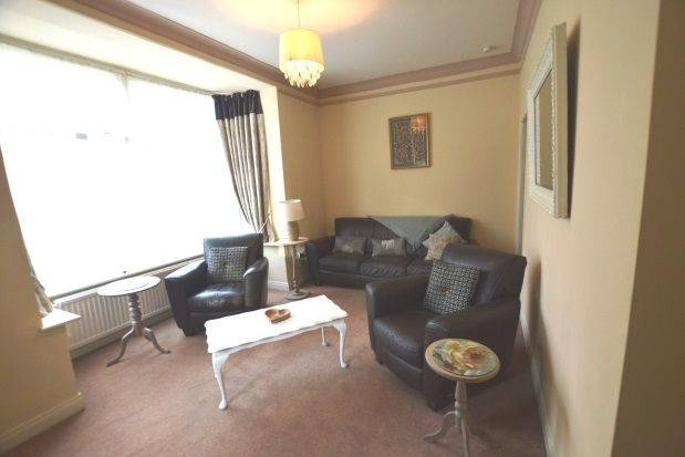 Thumbnail Property to rent in Cardigan Terrace, St Johns, Wakefield