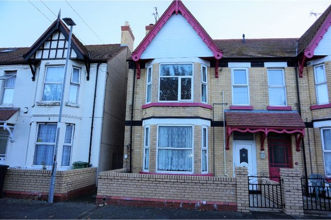 Thumbnail Flat for sale in Sandringham Avenue, Rhyl