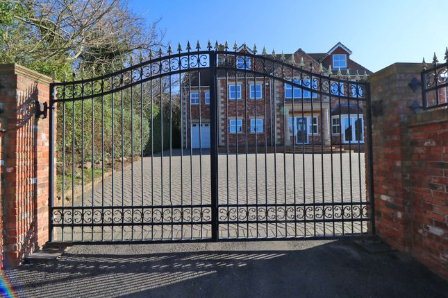 Thumbnail Detached house for sale in Burnham Road, Epworth, Doncaster