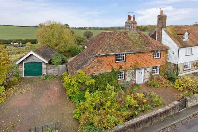 Thumbnail Detached house for sale in 64 The Street, Great Chart, Kent