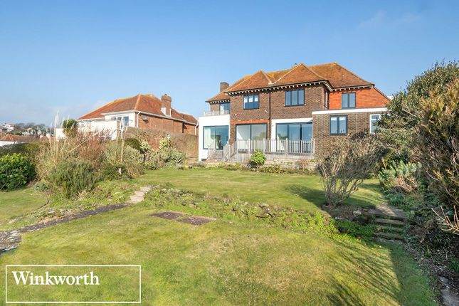 Picture No. 33 of Roedean Crescent, Roedean, Brighton, East Sussex BN2
