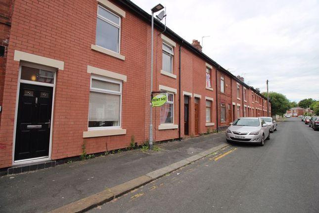 2 bed terraced house to rent in Bank Street, Platt Bridge, Wigan WN2