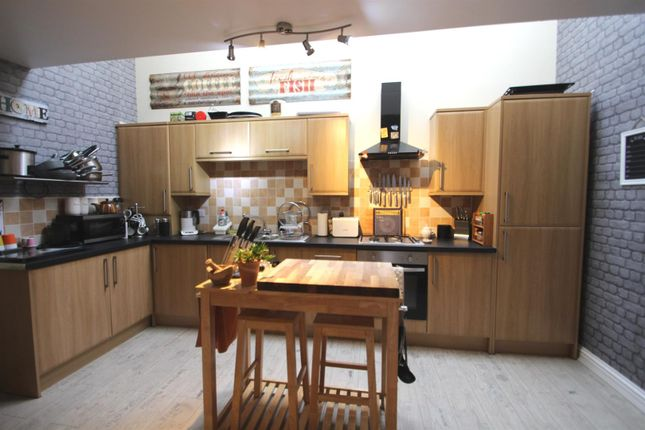 Thumbnail Semi-detached house to rent in All Saints Mews, Preston, Hull