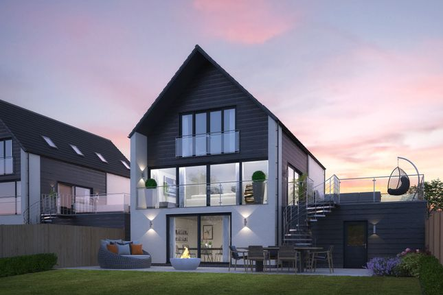 5 bed detached house for sale in The View, Severnbank, Newnham On Severn GL14