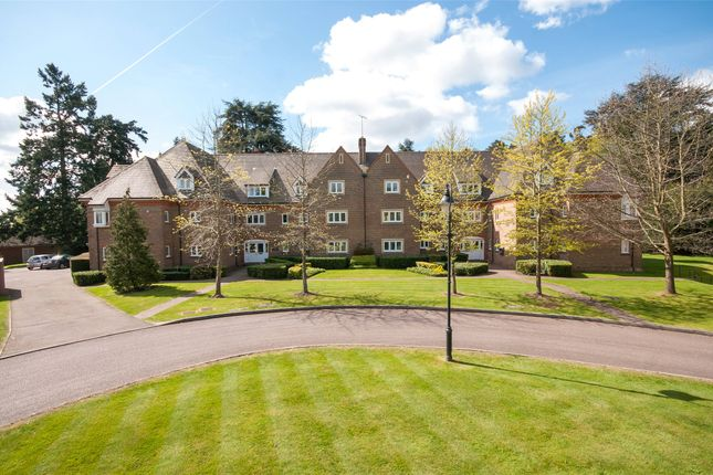 3 bed flat to rent in Chartwell Court Grange, 35 Highacre, Dorking, Surrey