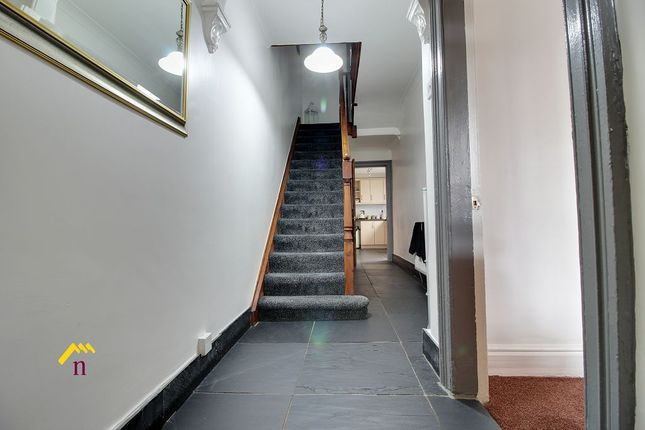 Hallway of Albert Villas, Coulman Street DN8
