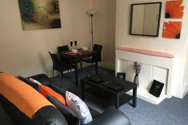 Thumbnail Property to rent in Edinburgh Terrace, Armley, Leeds