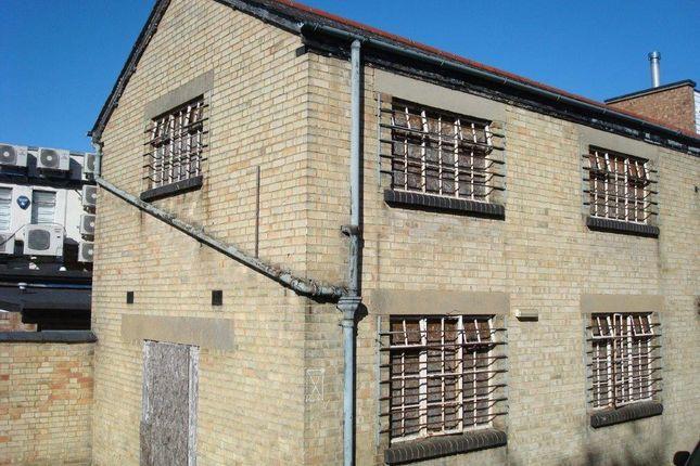 Thumbnail Warehouse to let in Bonds Lane, Biggleswade