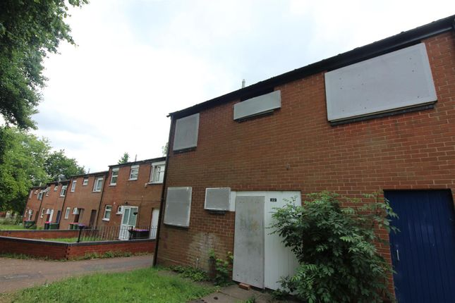 Thumbnail Town house for sale in Burtondale, Brookside, Telford