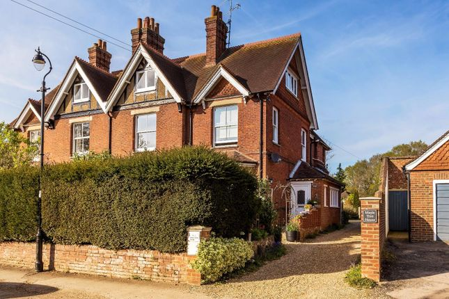 Thumbnail Flat for sale in The Common, Cranleigh