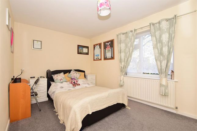 Bedroom 1 of Goddards Close, Cranbrook, Kent TN17