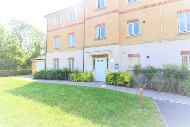 Thumbnail Flat to rent in Sunlight Gardens, Fareham