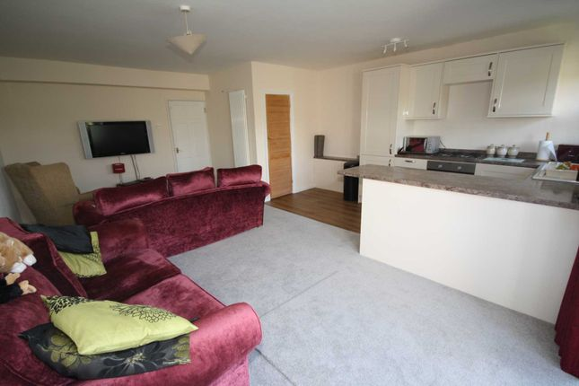 Thumbnail Flat for sale in Andree House, Grange Road, Billericay