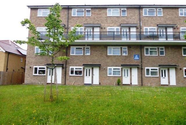 Thumbnail Maisonette to rent in Church Lane, Chessington