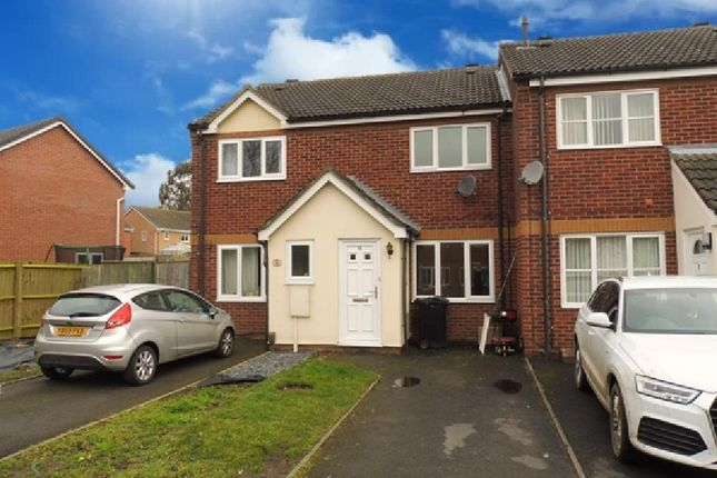 2 bed property to rent in Campbell Close, Grantham