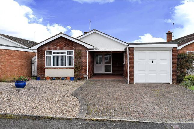 Thumbnail Bungalow for sale in Shrawley Road, Fernhill Heath, Worcester