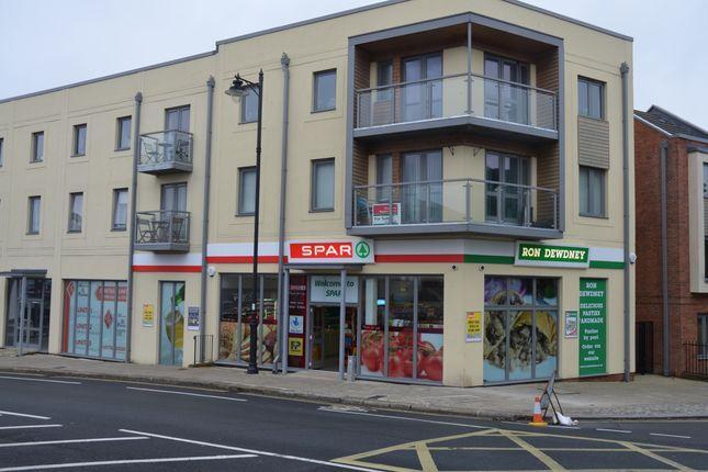 Thumbnail Retail premises for sale in Park Avenue, Devonport