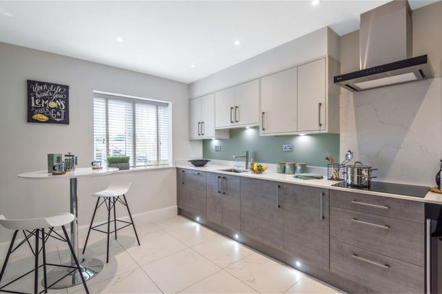 Thumbnail End terrace house for sale in Crescent Gardens, Barley Mow Lane, Colney Heath, St Albans, Hertfordshire