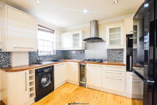 Thumbnail Flat to rent in Blackheath Road, London
