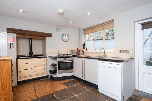 Kitchen of High Street, Blockley, Gloucestershire GL56