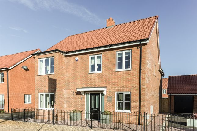 Thumbnail Detached house for sale in Great Melton Road, Hethersett, Norwich