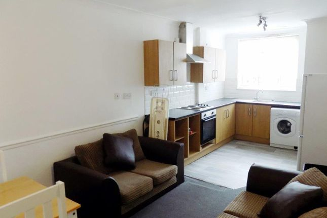 Thumbnail Maisonette to rent in Queen Street, Portsmouth