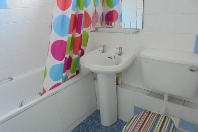 Bathroom of Chidham Close, Havant PO9