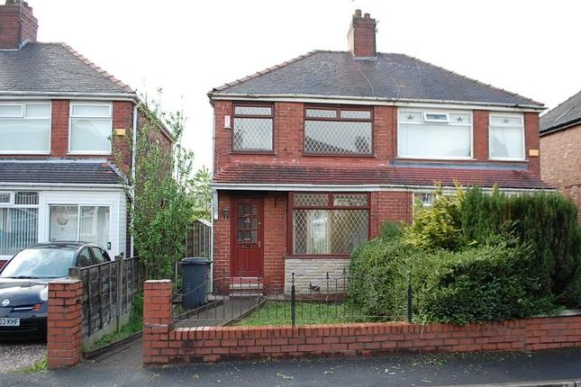 Thumbnail Semi-detached house to rent in Perth Avenue, Chadderton, Oldham
