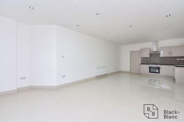 Thumbnail Flat for sale in Norbury Road, Thornton Heath