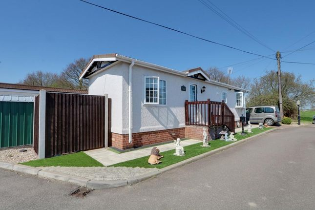 Mobile/park home for sale in Hockley Park, Lower Road, Hockley