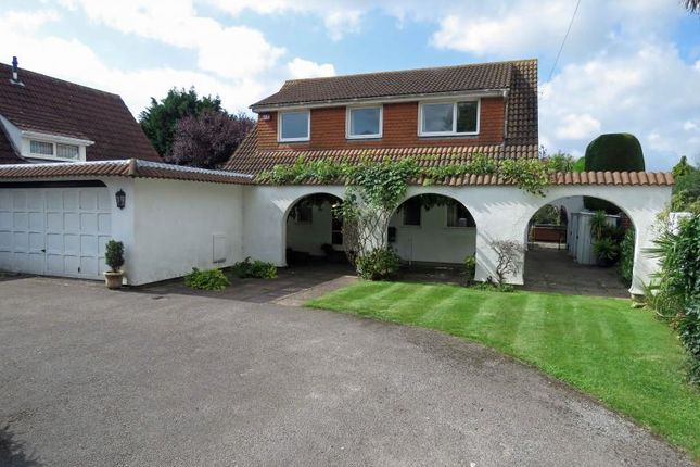 Thumbnail Detached house for sale in Queensway, Hayling Island