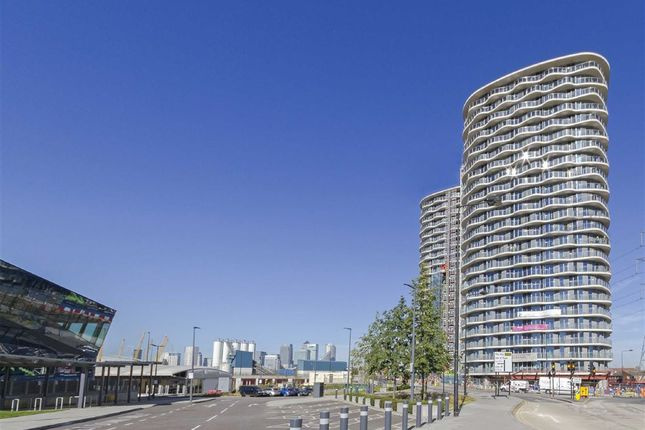 Thumbnail Flat to rent in Hoola Building, London